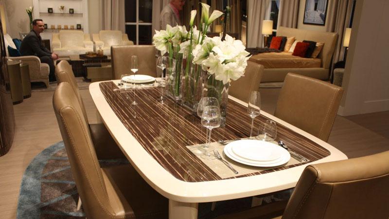 تزیین میز ناهارخوری با گلدان، بهترین دکوری میز ناهارخوری