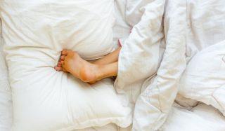 بررسی اهمیت و تاثیر بالش در کیفیت خواب